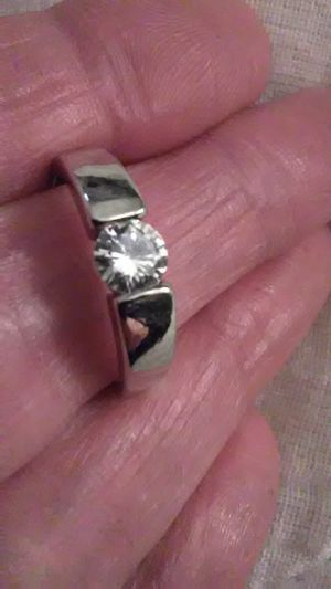 Size 8 white topaz 925 sterling ring for Sale in Lombard, IL