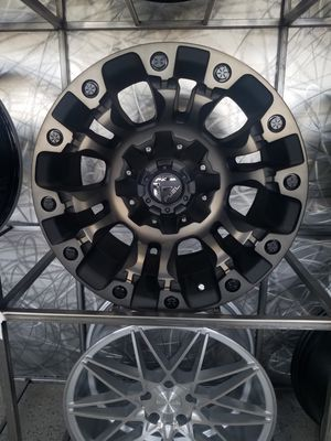 PRICE PER WHEEL Fuel Vapor D569 17x9 wheels fits tacoma jeep 4 runner rims for Sale in Tempe, AZ
