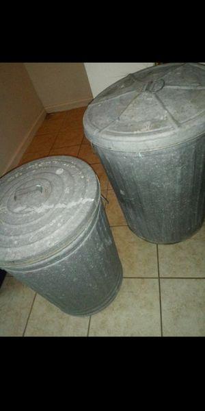 2 Trash cans for Sale in San Antonio, TX