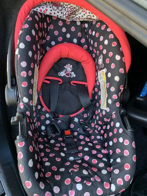 Car seat and base for Sale in Indianola, MS