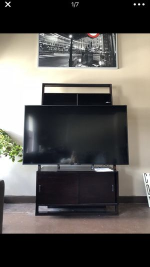 Crate and Barrel Sloane Media TV Stand for Sale in Orlando, FL