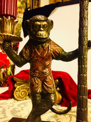 Beautiful heavy cast iron sculpture Monkey candle holder H20xL9xW5 inch for Sale in Chandler, AZ
