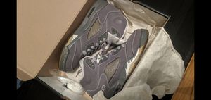 Air Jordan V (5) wolf grey, Size 7 Y NDS lightly used for Sale in Montebello, CA