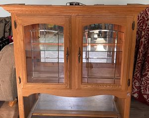 China cabinet to store dishes & antiques for Sale in Pico Rivera, CA