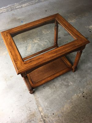 Coffee table and matching end table wood+class for Sale in Newcastle, WA