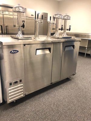 Commercial draft beer keg cooler commercial refrigerator for Sale in Kent, WA