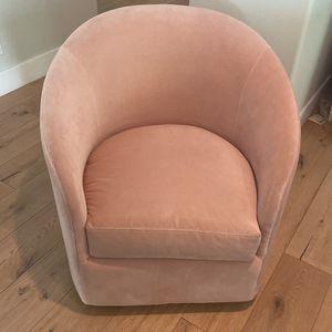 William Sonoma Swivel Chair, Pink/camel Velvet for Sale in Phoenix, AZ