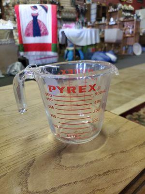 Vintage Pyrex measuring cup 1 pint for Sale in Stigler, OK