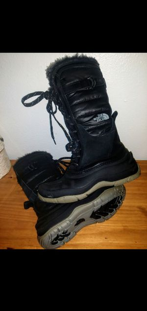 Women's North Face boots size 6 for Sale in Salt Lake City, UT