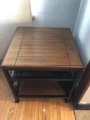 Matching End Table & Coffee Table for Sale in Washington, IL
