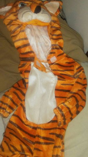 Size 0-6mos halloween costume for Sale in Douglass, KS