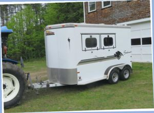 A Beautiful 2 Horse Trailer FOR SALE.$1000 for Sale in Toledo, OH