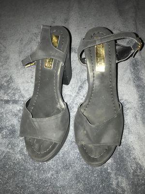 Womenshigh heel size 7 for Sale in Newton, MA