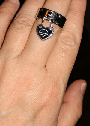 BEAUTIFUL TIFFANY CHARM HEART RING for Sale in San Francisco, CA
