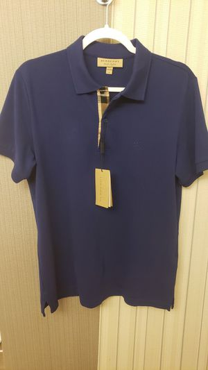 Burberry Authentic pique Polo, Navy, Size Medium for Sale in Everett, WA