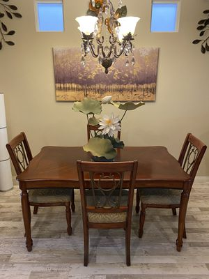 Wood Dining Table with 4 Chairs (as is) ~ $280 for Sale in Las Vegas, NV