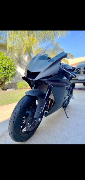 2019 Yamaha YZFR6 clean title in hand for Sale in Garden Grove, CA