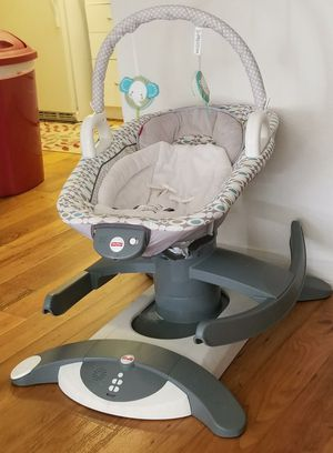 Fisher Price 4 in on Rock and Glide Swing for Sale in Tampa, FL