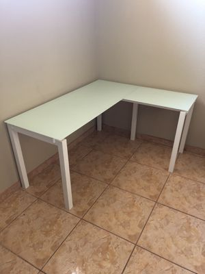 Glass L Shaped Desk for Sale in Fresno, CA