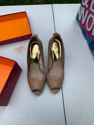 Michael kors shoes for Sale in Chino Hills, CA