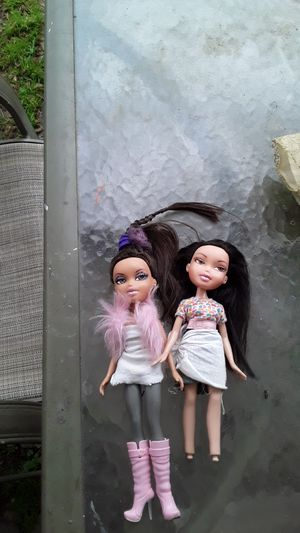 Doll Bundles of 2 some may have an extra but still cost the same for Sale in Concord, CA
