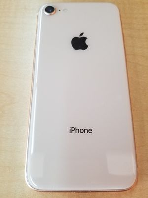 Unlocked iPhone 8 64g gold excellent condition for Sale in San Jose, CA