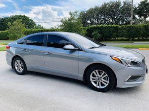 Hyundai Sonata SE for Sale in Boca Raton, FL