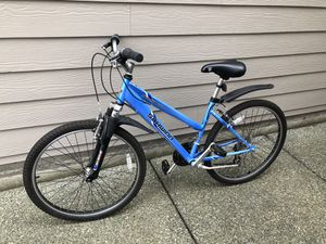 schwinn bike hich timber size tires 26 inch for Sale in Lynnwood, WA