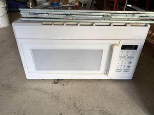 White Microwave for Sale in Kenmore, WA