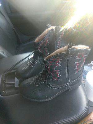 Girl boots for Sale in Donna, TX