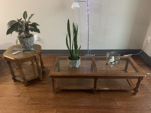 Coffee table and side table for Sale in Nashville, TN
