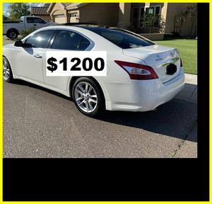 $1200 Nissan Maxima SV for Sale in Cedar Rapids, IA