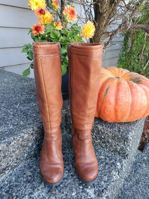 Naturalizer women's boot, size 5 for Sale in Tacoma, WA
