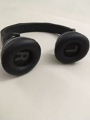 bluetooth headphones for Sale in Schaumburg, IL