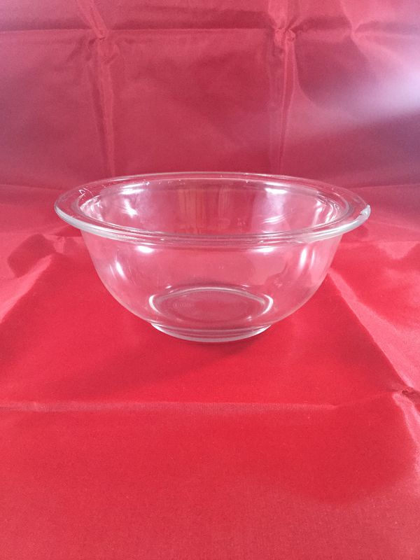 Anchor Hocking & Pyrex Bowls