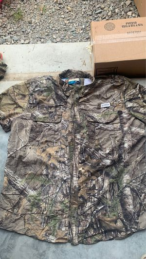 Magellan 2x camo shirt for Sale in Jonesboro, AR