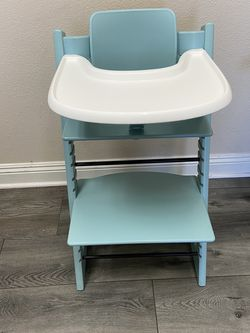 Stokke Tripp Trapp High Chair for Sale in Costa Mesa,  CA