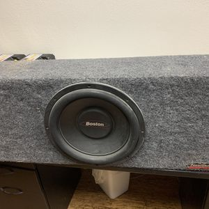 Subwoofer With Box for Sale in Las Vegas, NV