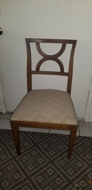 4 set chairs for Sale in Redlands, CA
