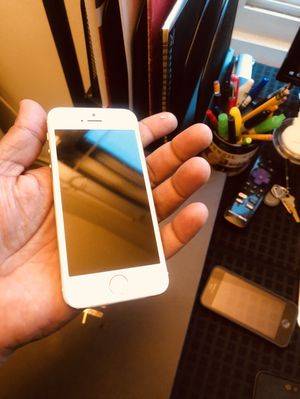 iPhone 5 AT&T carrier for Sale in San Francisco, CA
