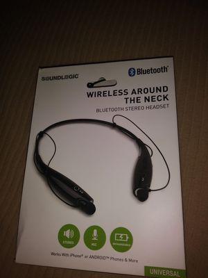 New earphonez for Sale in Jacksonville, FL