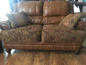 Sofa and love seat for Sale in Dinuba, CA