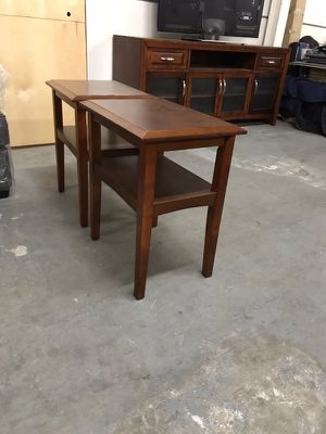 Two end tables, good condition for Sale in San Diego, CA