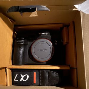 Sony Sony - Alpha a7 III Mirrorless 4K Video Camera (Body Only) for Sale in Secaucus, NJ