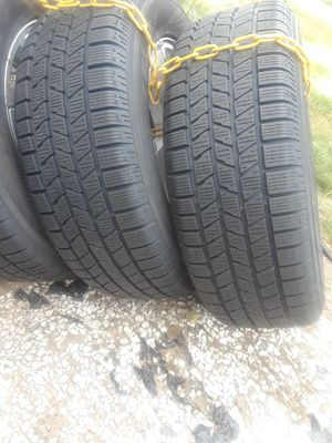 Jeep tires and wheel for Sale in East Hartford, CT