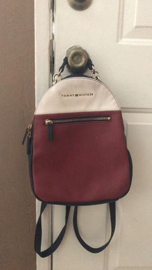 TOMMY HILFIGER BACKPACK PURSE for Sale in Bakersfield, CA
