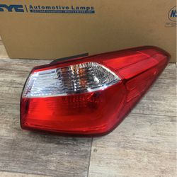 Kia Forte 2014-2016 Rh Tail lamp for Sale in Lewisville,  TX