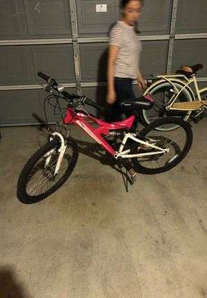 Mongoose mountain bike pink white for Sale in San Diego, CA