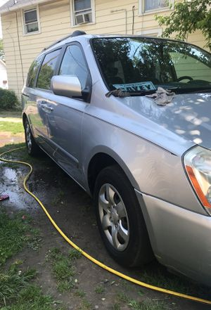 Kia Sedona 2008 2800 obo good condition 174***miles for Sale in Cleveland, OH