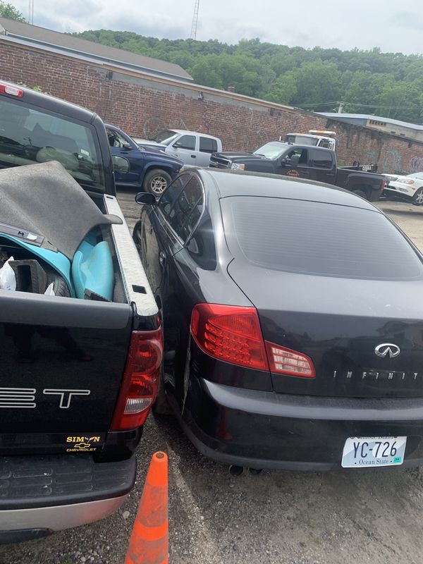 2004 infiniti g35x for parts only